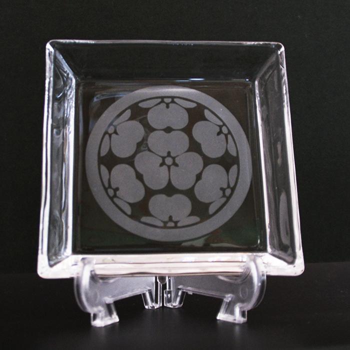 ブラスト工芸|家紋コイントレー 片喰紋|レニオンコーポレション|高知