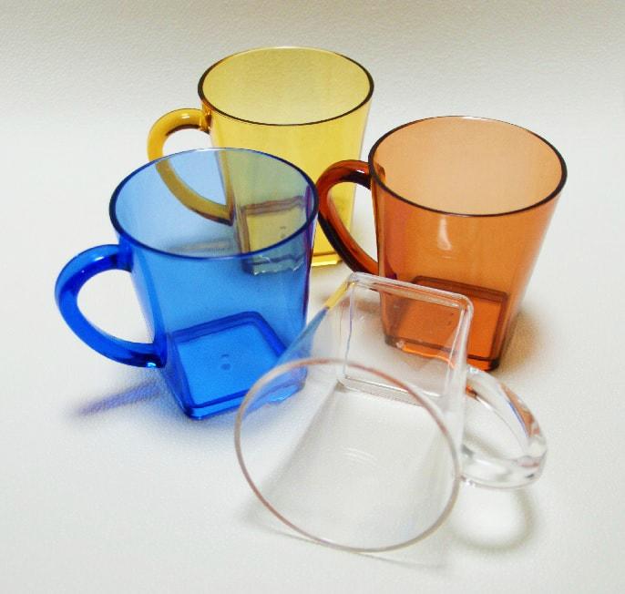 ブラスト工芸|コップの色は、黄色・クリア・青・赤から選べます|レニオンコーポレション|高知